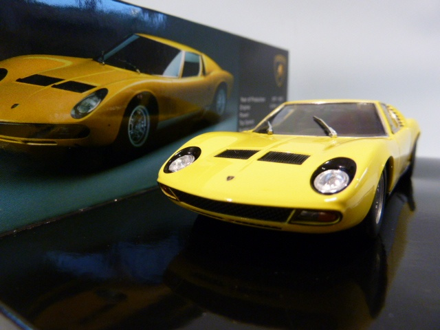 lamborghini miura sv museum edition 1 43 436103650. Black Bedroom Furniture Sets. Home Design Ideas