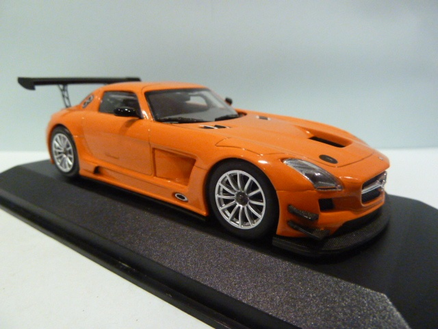 mercedes benz sls amg gt3 street orange 1 43 410113204. Black Bedroom Furniture Sets. Home Design Ideas